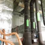 9. Пробиваем отверстия в стене и выпускаем воздуховод из венткамеры